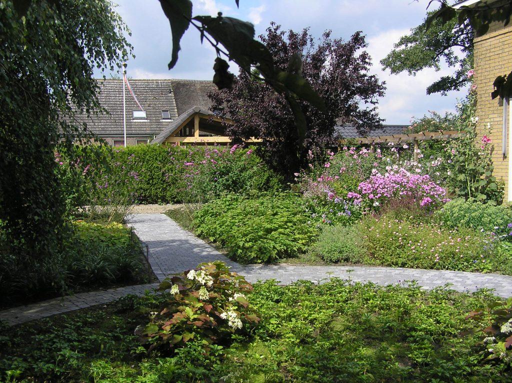 Tuin om een vrijstaande woning