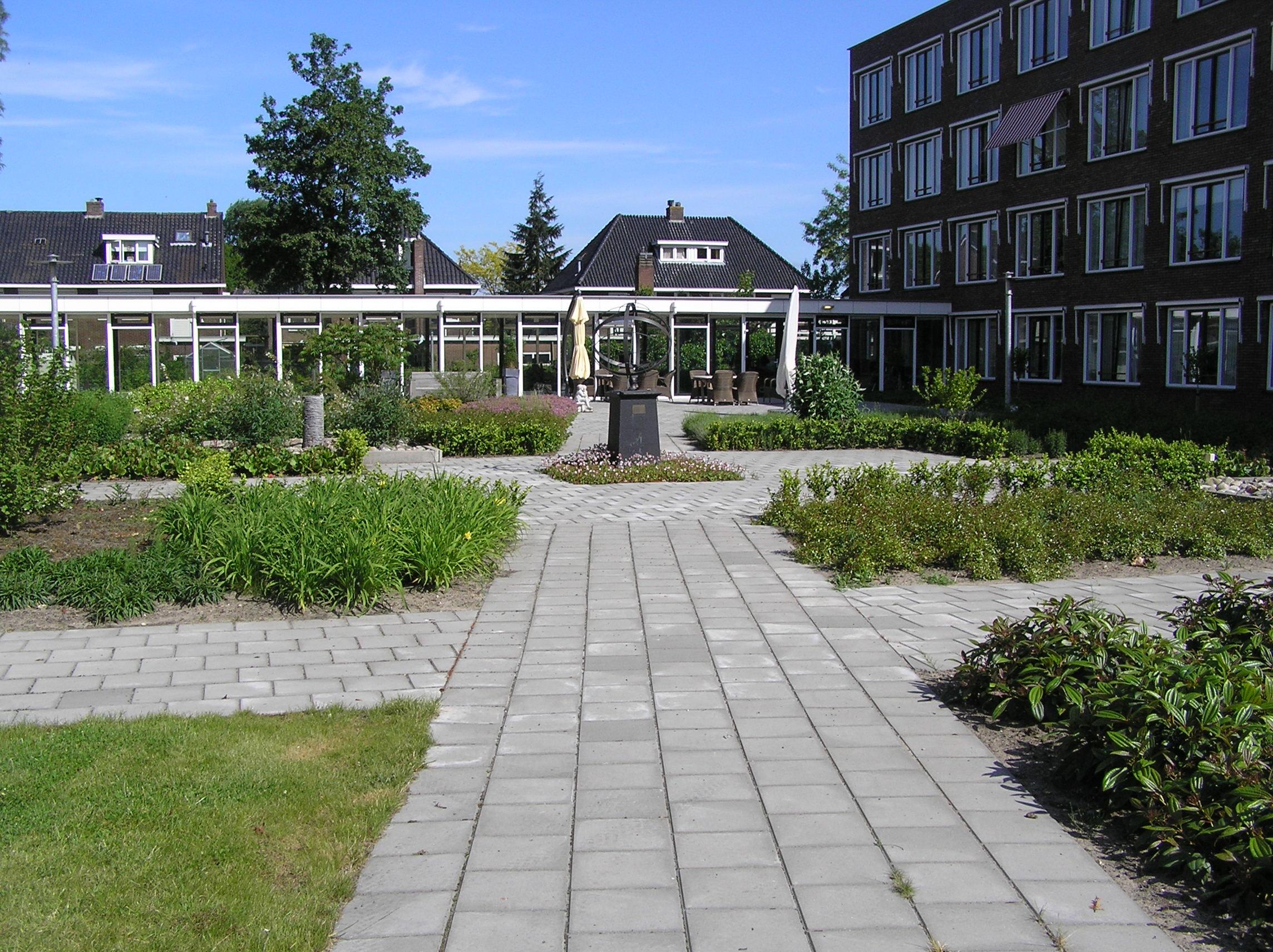 Tuin om een verzorgingsinstelling